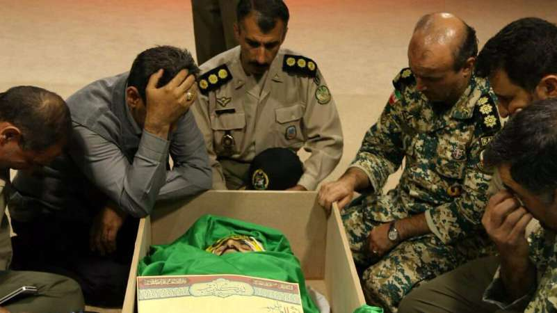 الحرس الإيراني ينعي مصطفى خلال