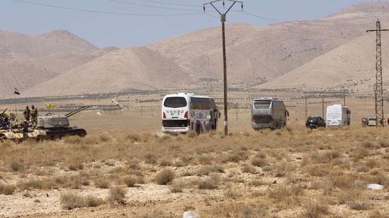 إيران تتباكى على تنظيم داعش.. وتطالب التحالف بفك الحصار