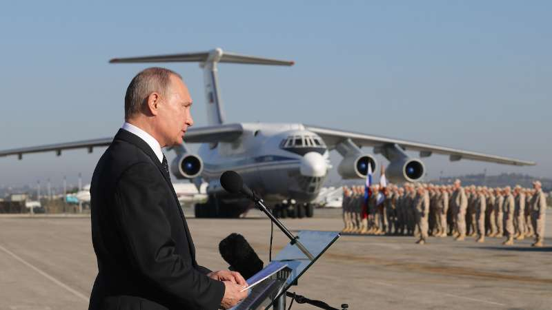 فايننشال تايمز: هكذا تسعى موسكو لجني غنائم الحرب في سوريا