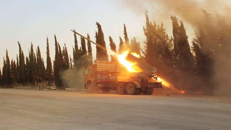 الجيش الحر بدرعا يقصف لميليشيا