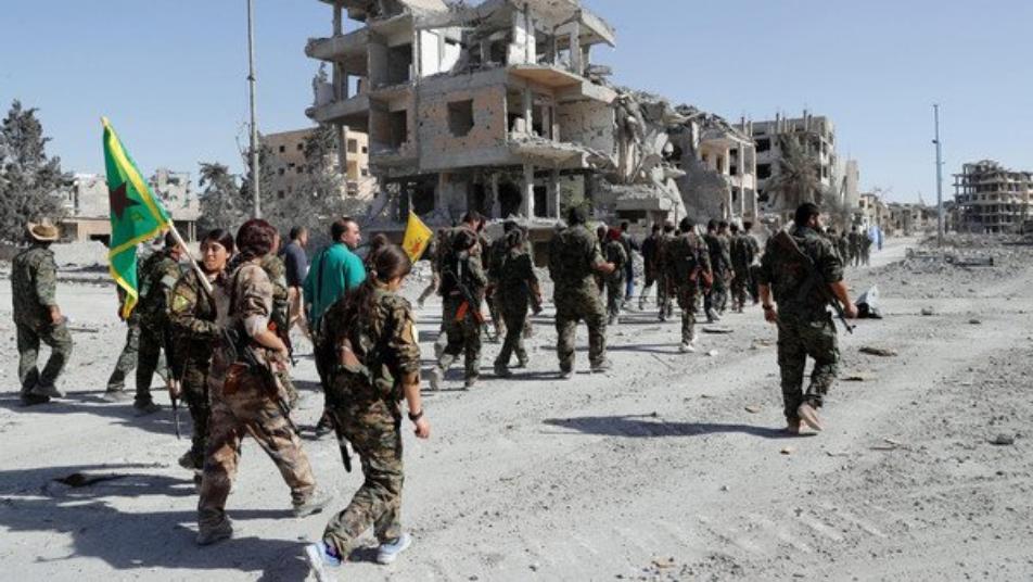داعش يتبنى اغتيال عنصرين لقسد في الرقة